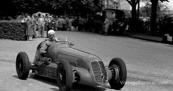 Villoresi won four GPs in 1947 with this Scuderia Ambrosiana Maserati 4CL, seen here during that yearÕs Swiss Grand Prix, where he could finish only 6th.
