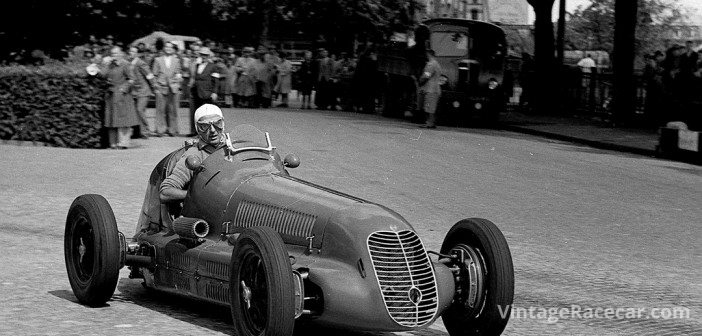 Villoresi won four GPs in 1947 with this Scuderia Ambrosiana Maserati 4CL, seen here during that yearÕs Swiss Grand Prix, where he could finish only 6th.Photo: Peter Collins