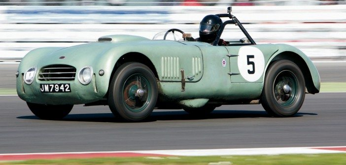 Tom Walker's mighty Allard J2 X Le Mans.