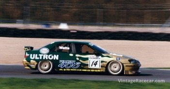 Patrick Watts in the Peugeot 406 at Donington in 1997.