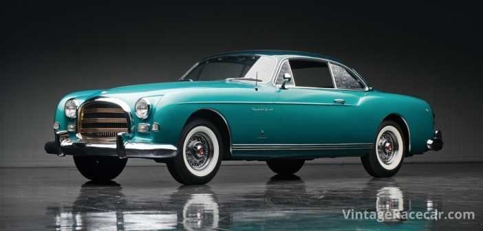 Lovely 1954 Chrysler GS-1 Special by Ghia sold for $616,000.Photo: RM Auctions
