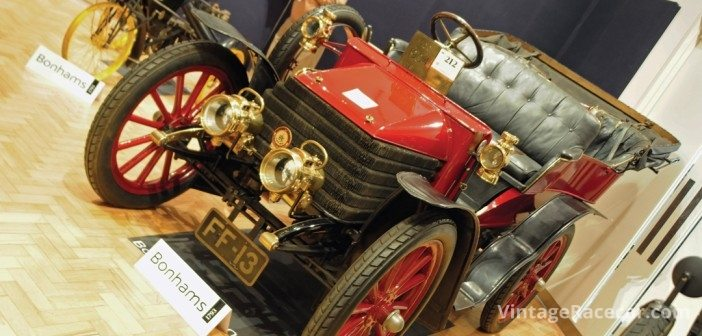 £85k secured this 1904 Wolseley.Photo: Peter Collins