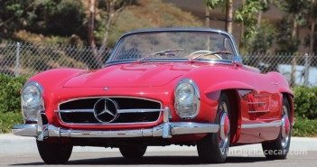 1960 Mercedes-Benz 300 SL Roadster.