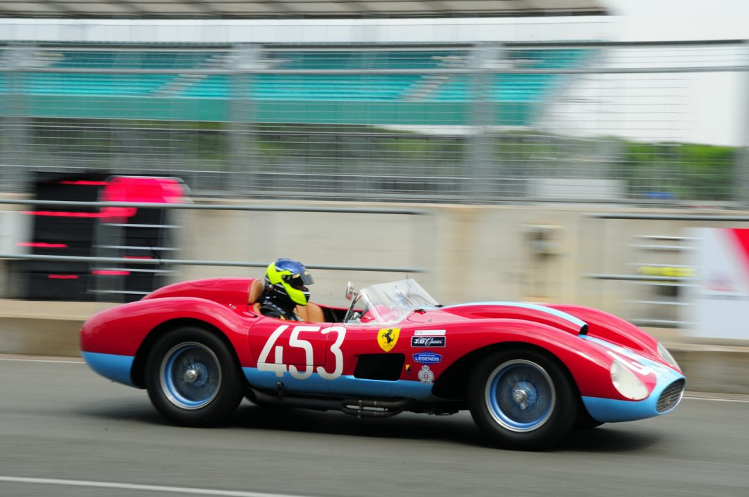 Ferrari 500 TRC of Jason Yates in pitlane.