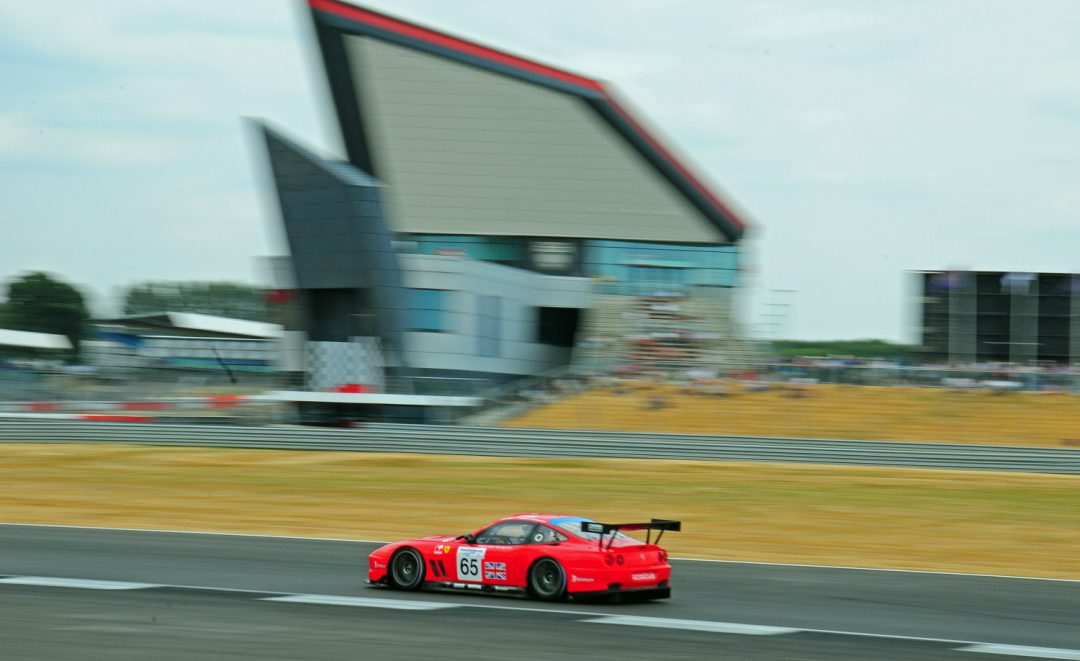 James Cottingham Ferrari 550 Maranello screams through Club.