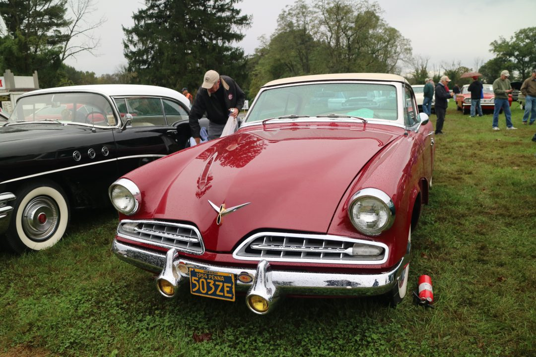 A very sleek car for 1954 - this Studebaker Commander was too far ahead of its time.