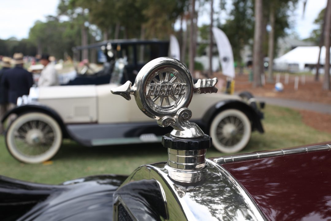 1927 Pierce Arrow mascot - might be more distinctive than the later ones.