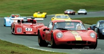 Tight racing in the World Sportscar Masters race.Photo: Peter Collins