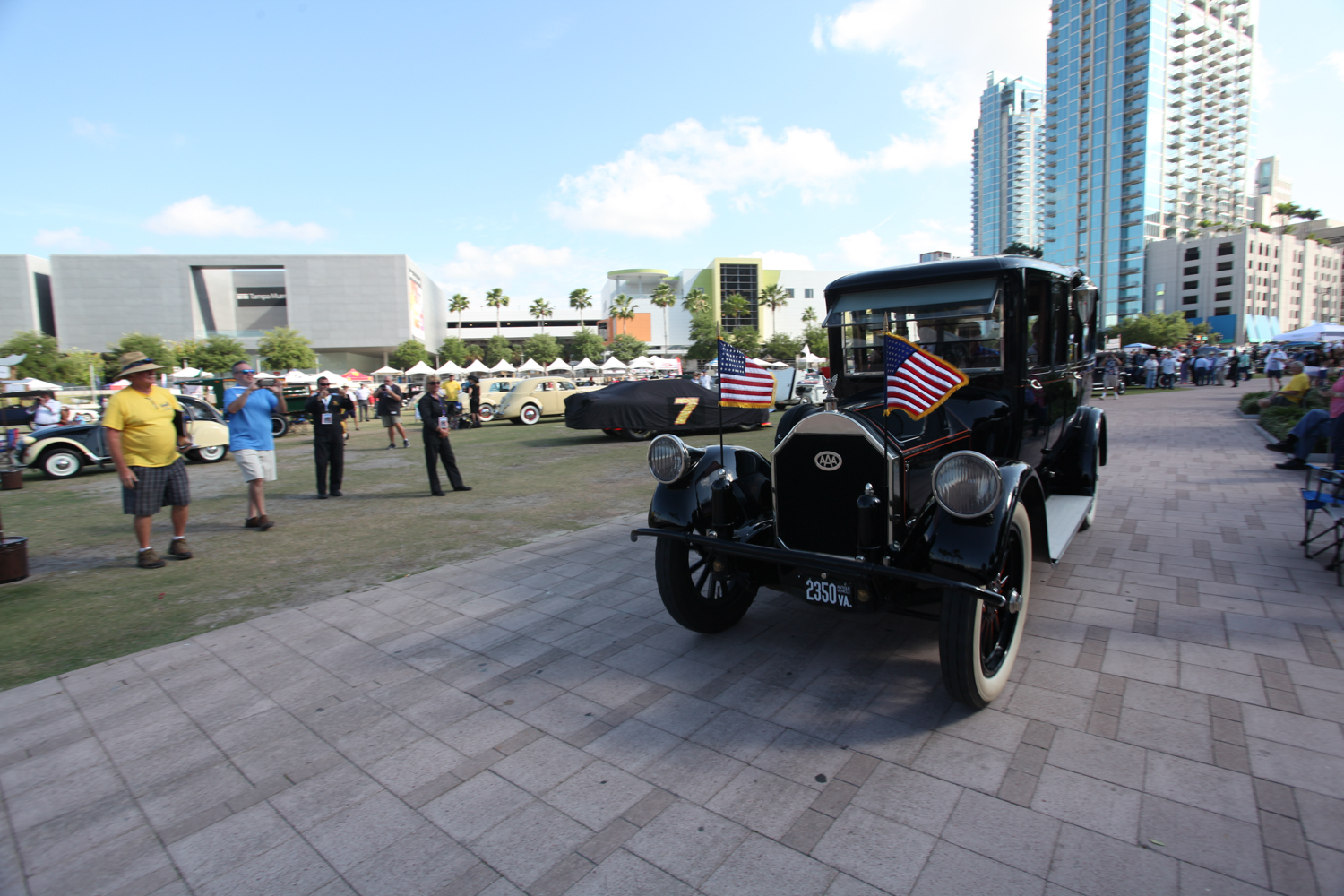 The show was officially opened when President Woodrow Wilson's 1919 Pierce-Arrow limo was driven onto the field.