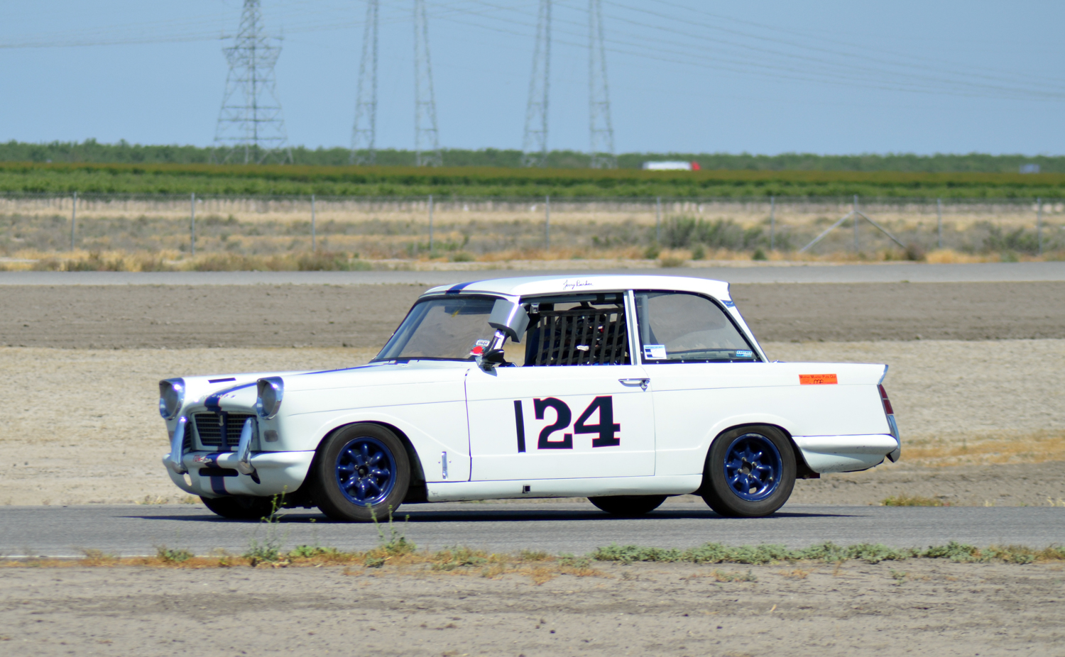 #124 Jerry Barker, 1963 Herald, Best Lap: 2:13.545 Performance Award Sedan