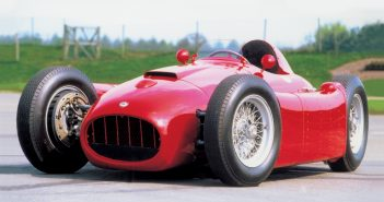 Lancia D50. Photo: Peter Collins