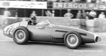 F1 and sports car racer Masten Gregory is born in Kansas City, MO (1932).