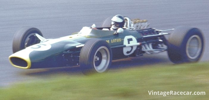 Jim Clark wins his third straight USGP, this time driving a Lotus-Ford (1967).