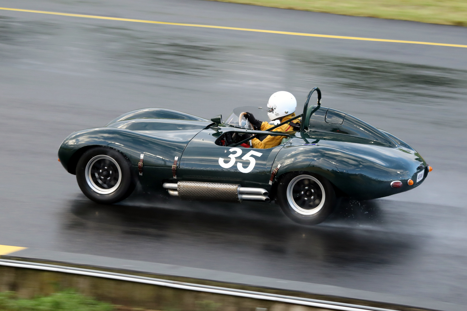 The Jaguar Special (D-type rep) of John Dunning. Steve Oom Photo. STEVE OOM PHOTOGRAPHY