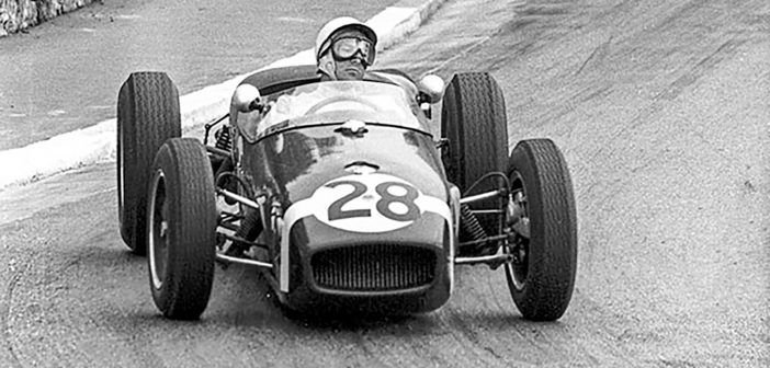 Brooklands to Honor the Life of Sir Stirling Moss